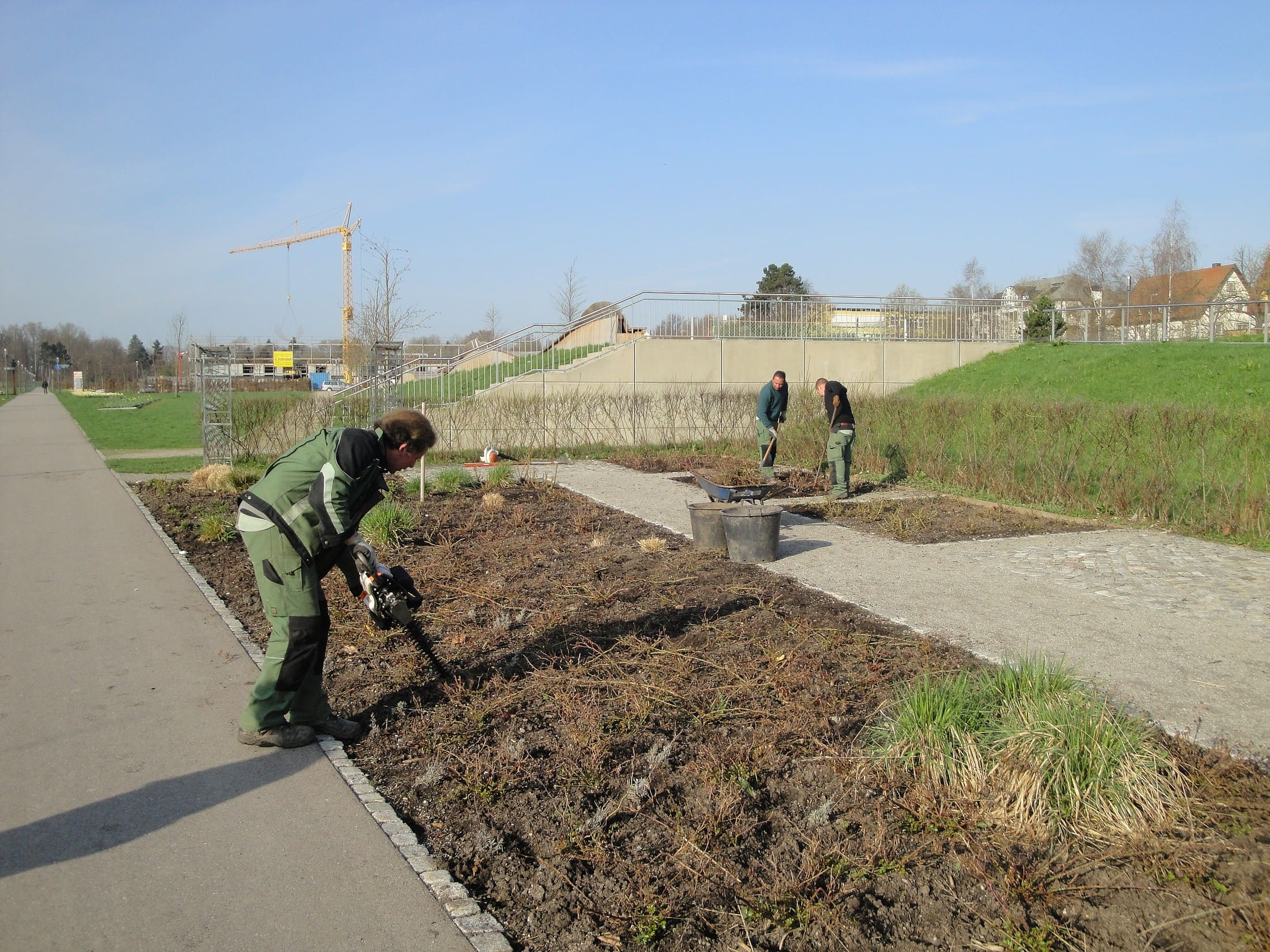 Gartenpflege und Dienstleistungen